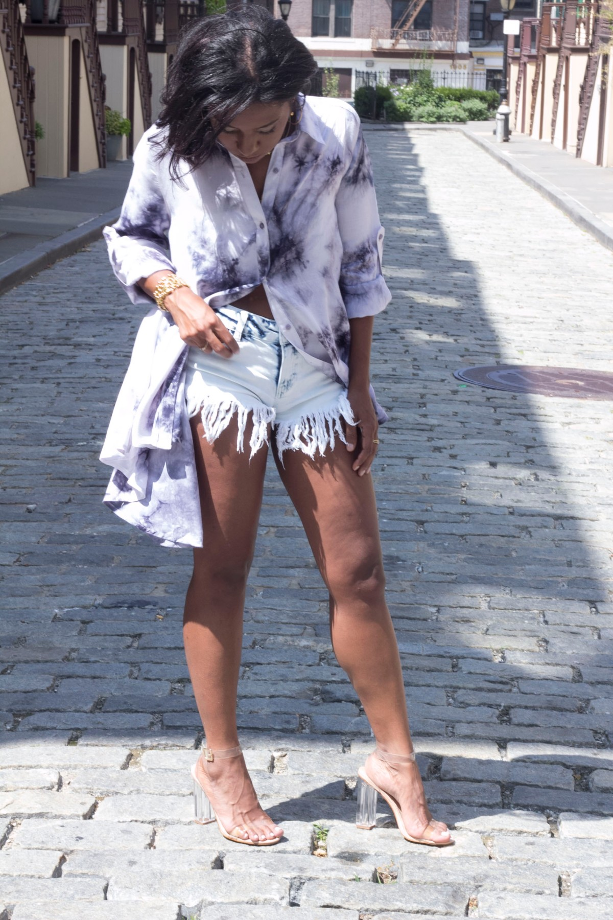Top: TES Boutique, Shorts: Forever21, Heels: EasyPickin's| Photos by LiveAction Vito