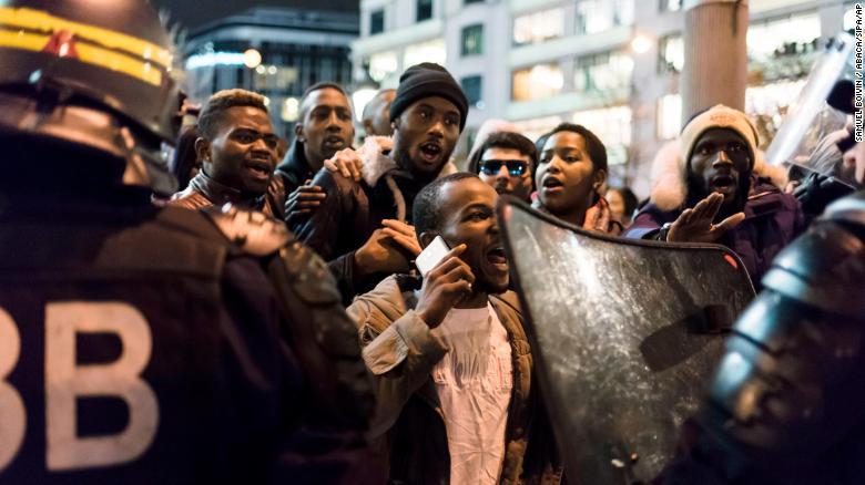 171119082353-01-libya-paris-protests-11-18-exlarge-169.jpg